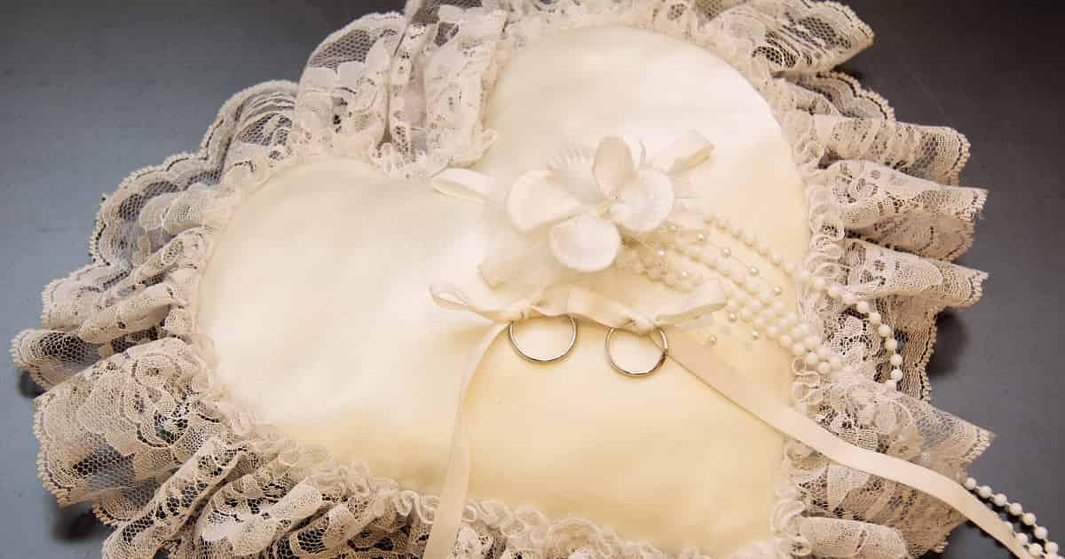 img-marriage2